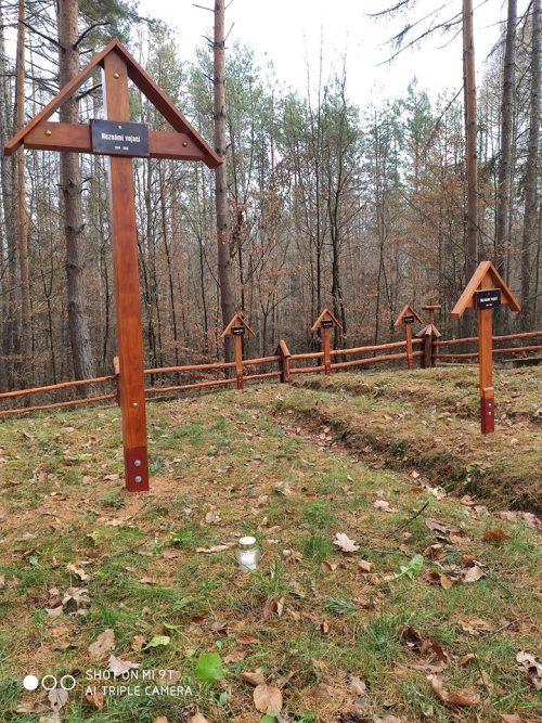 WW1 cintorín, KVH Karpaty Snina